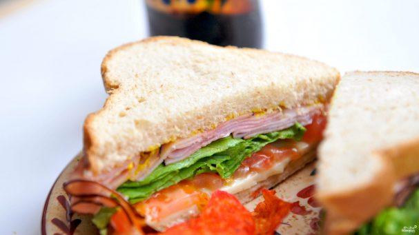Как сделать вкусный бутерброд с ветчиной
