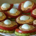 Как приготовить жареные кабачки с майонезом и помидорами