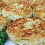 Мясные котлеты с овсяными хлопьями и тертым луком, кулинарный рецепт на Рецепты-Хозяйки.рф