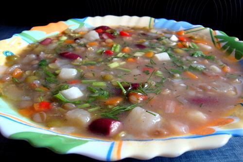 Суп с горохом и фасолью