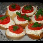 Тосты с помидорами и сыром, рецепт с фото